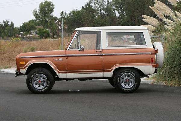 1977 FORD BRONCO SUV - Side Profile - 117320
