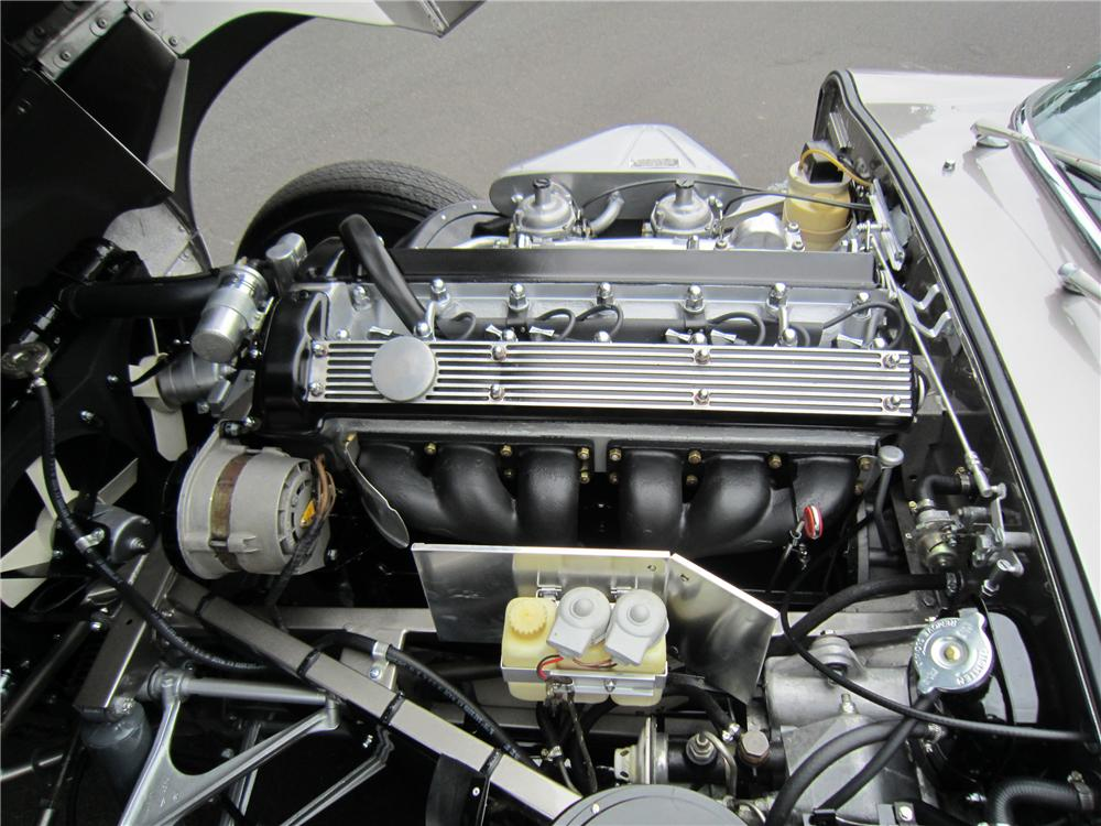 1969 JAGUAR XKE ROADSTER - Engine - 117325