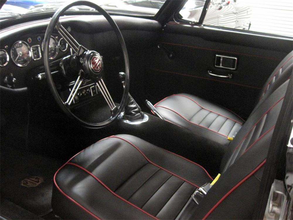1969 MG MGC GT 2 DOOR COUPE - Interior - 117333