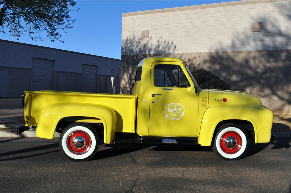 1955 FORD F-100 PICKUP - Side Profile - 117343