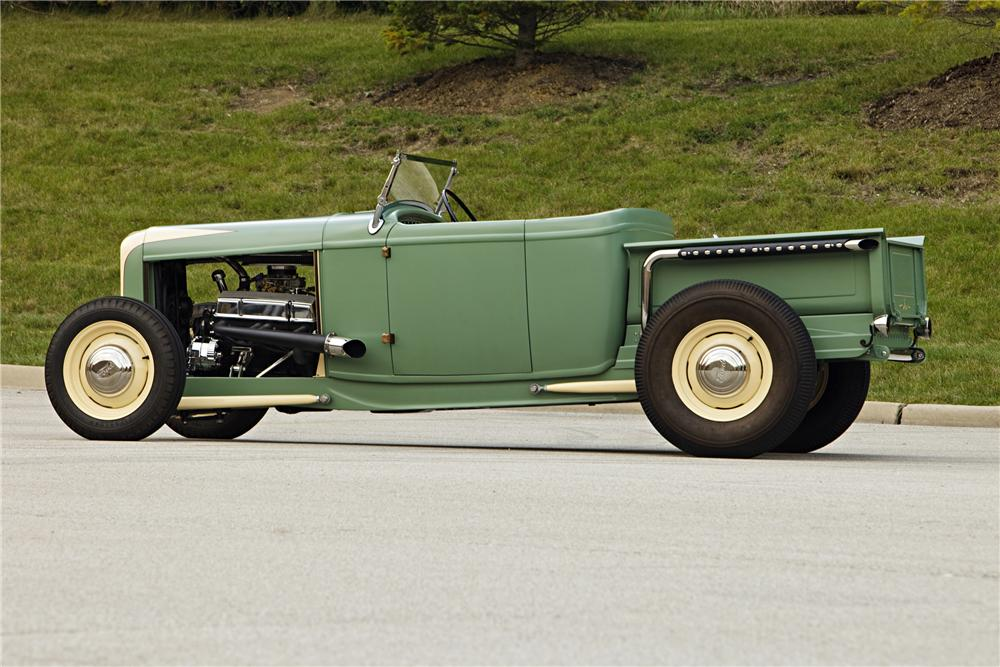 1930 FORD ROADSTER PICKUP - Side Profile - 117347