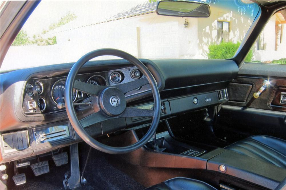 1971 CHEVROLET CAMARO Z/28 RS 2 DOOR COUPE - Interior - 117384