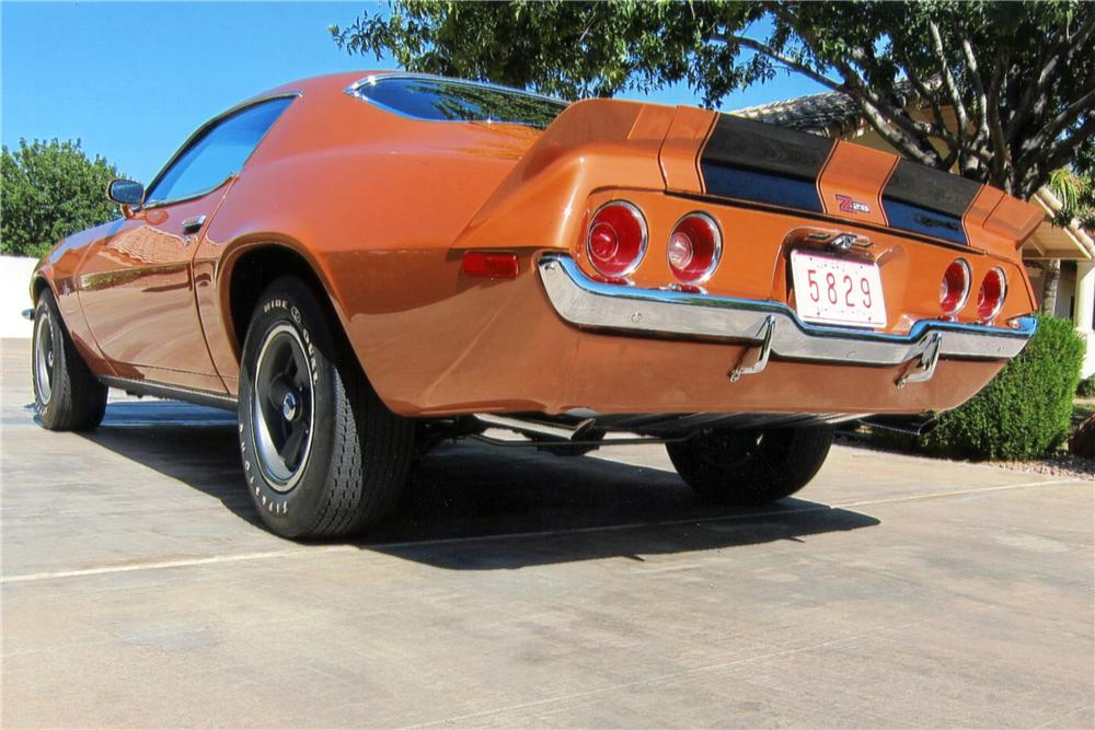 1971 CHEVROLET CAMARO Z/28 RS 2 DOOR COUPE - Rear 3/4 - 117384