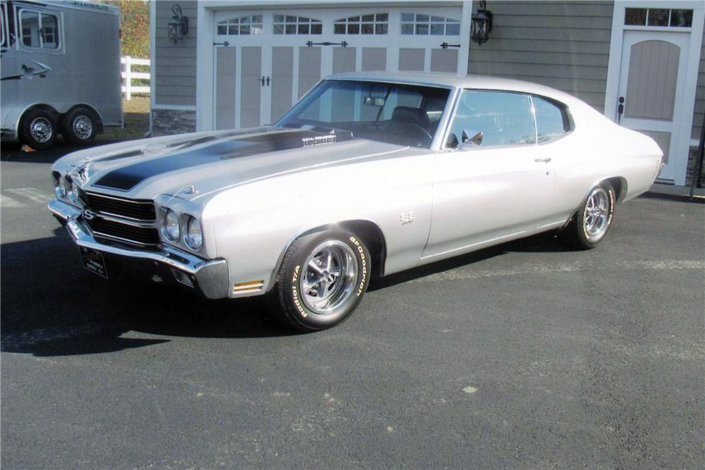 1970 CHEVROLET CHEVELLE SS 396 2 DOOR COUPE - Front 3/4 - 117389
