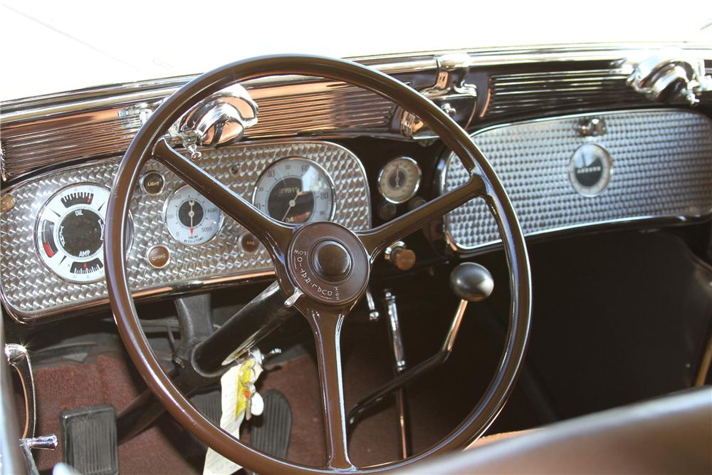 1935 AUBURN 653 CONVERTIBLE SEDAN - Interior - 117393