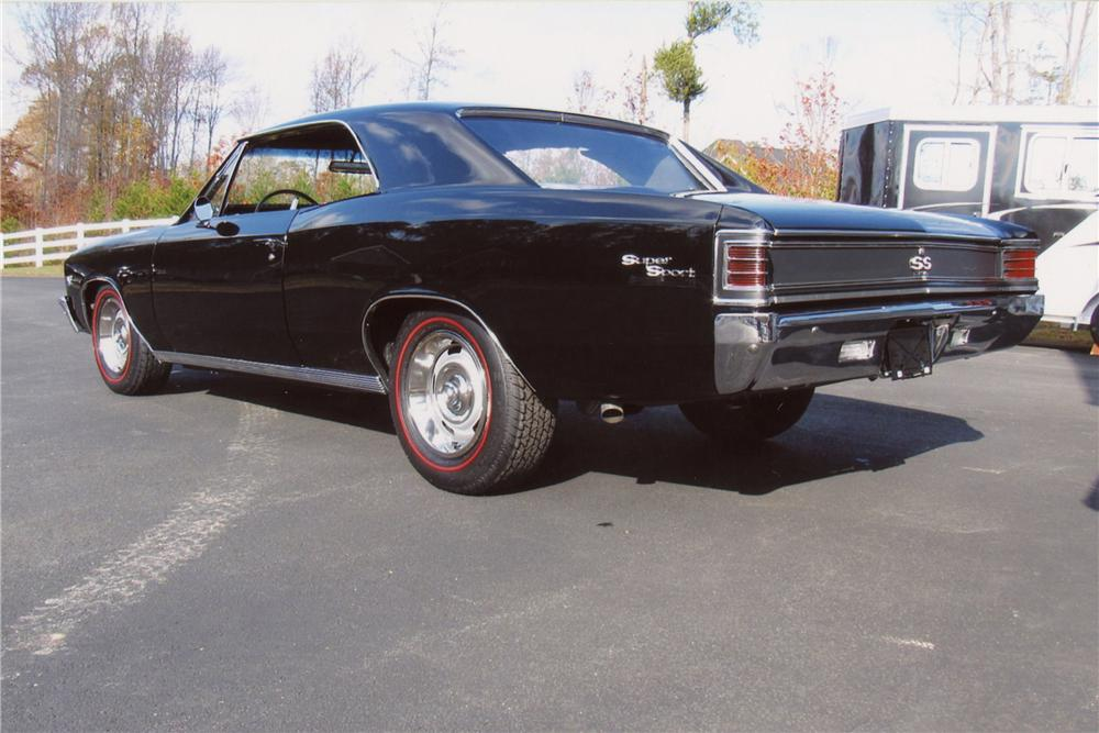 1967 CHEVROLET CHEVELLE SS 396 2 DOOR COUPE - Rear 3/4 - 117394