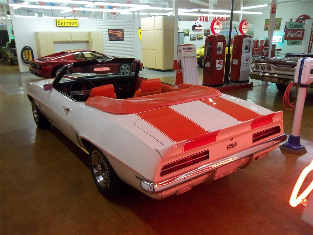 1969 CHEVROLET CAMARO INDY PACE CAR CONVERTIBLE - Rear 3/4 - 117402