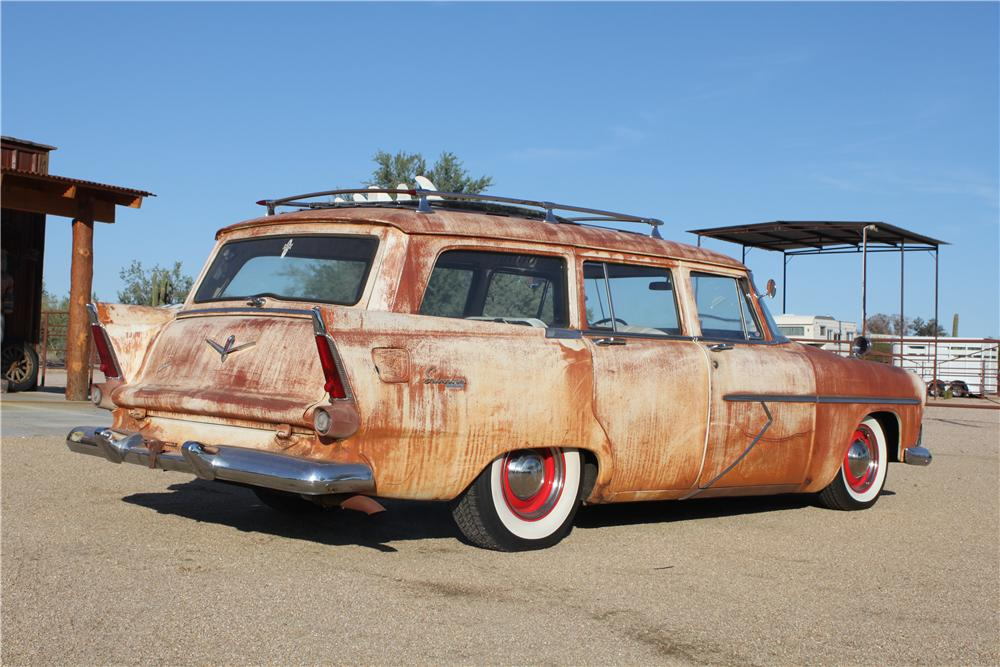 1956 PLYMOUTH SUBURBAN STATION WAGON - Rear 3/4 - 117423