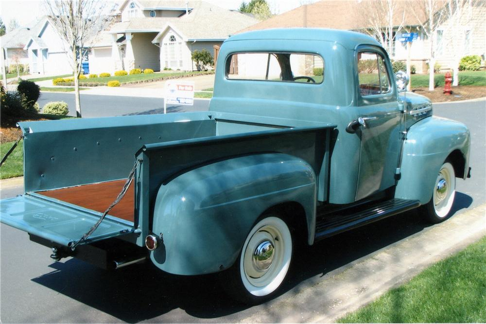 1951 FORD F-1 1/2 TON PICKUP - Rear 3/4 - 117440