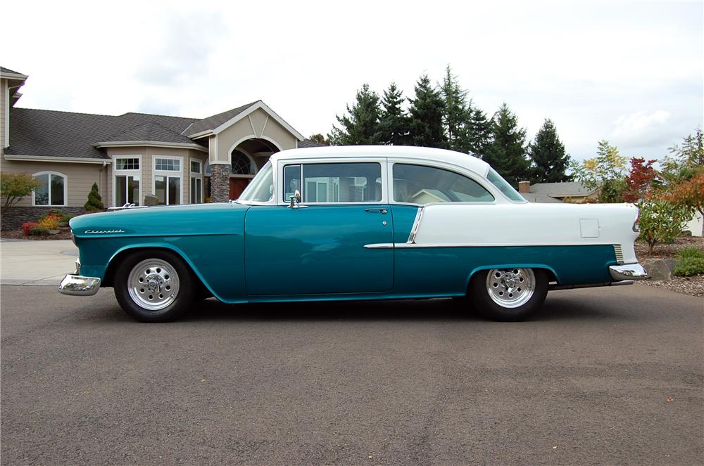 1955 CHEVROLET 210 CUSTOM 2 DOOR POST - Side Profile - 117441