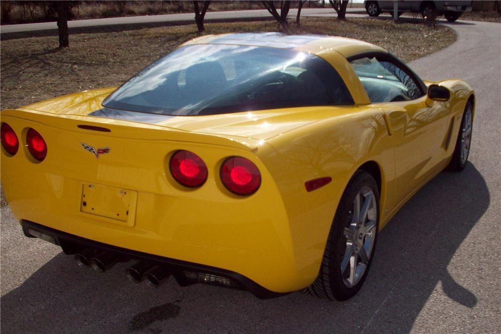 2008 CHEVROLET CORVETTE COUPE - Rear 3/4 - 117455
