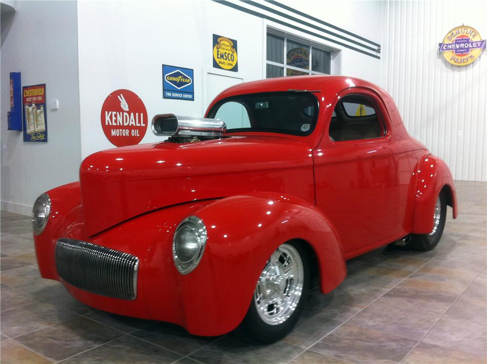 1941 WILLYS CUSTOM 2 DOOR COUPE - Front 3/4 - 117458