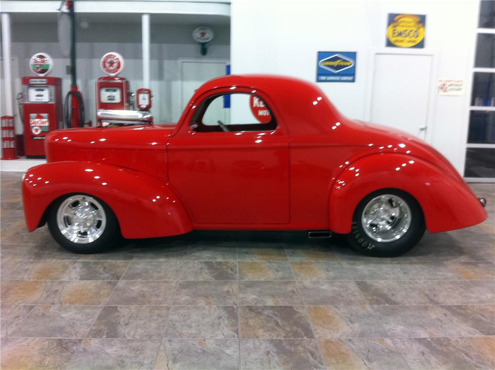 1941 WILLYS CUSTOM 2 DOOR COUPE - Side Profile - 117458
