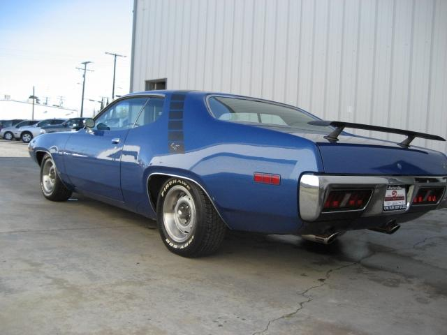 1971 PLYMOUTH ROAD RUNNER 2 DOOR HARDTOP - Rear 3/4 - 117459