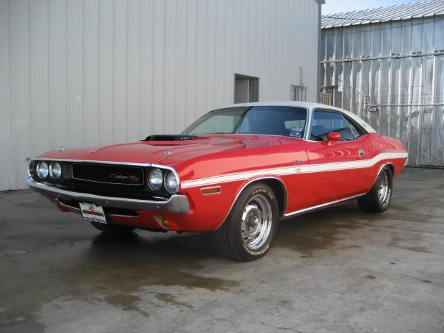 1970 DODGE CHALLENGER HEMI 2 DOOR HARDTOP RE-CREATION - Front 3/4 - 117460