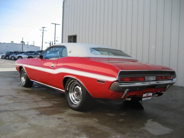 1970 DODGE CHALLENGER HEMI 2 DOOR HARDTOP RE-CREATION - Rear 3/4 - 117460