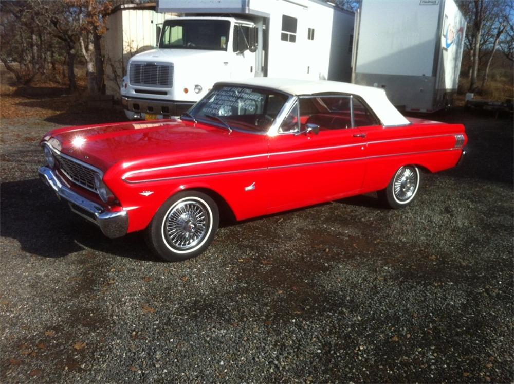 1964 FORD FALCON CONVERTIBLE - Front 3/4 - 117463