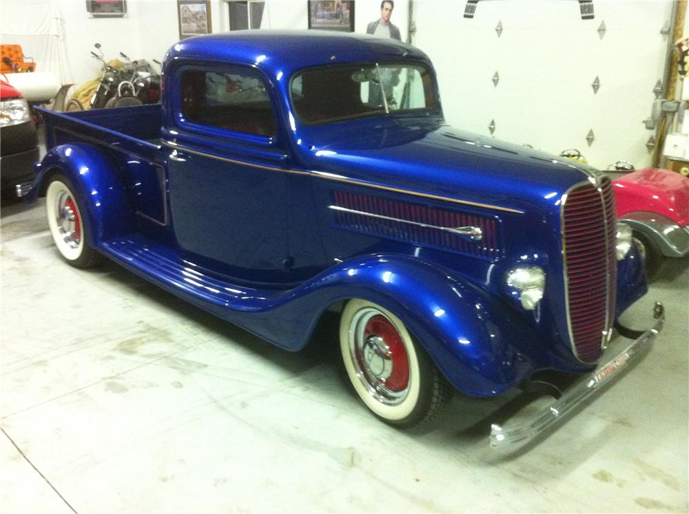 1937 FORD CUSTOM PICKUP - Front 3/4 - 117466
