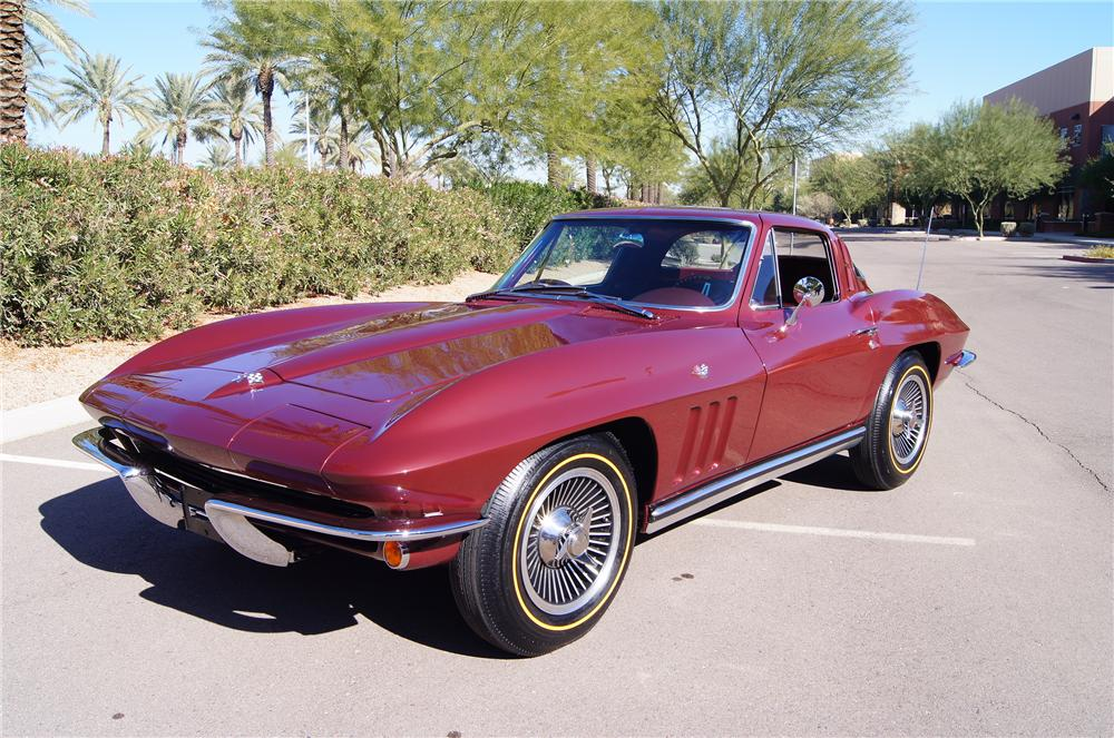 1965 CHEVROLET CORVETTE COUPE - Side Profile - 117473