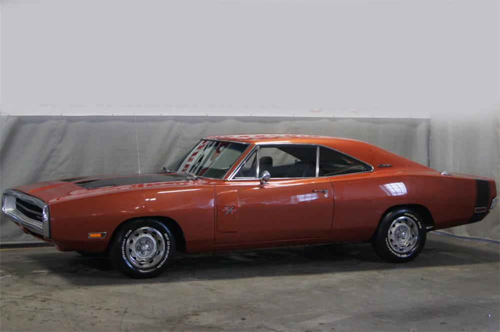 1970 DODGE CHARGER R/T COUPE - Side Profile - 117475