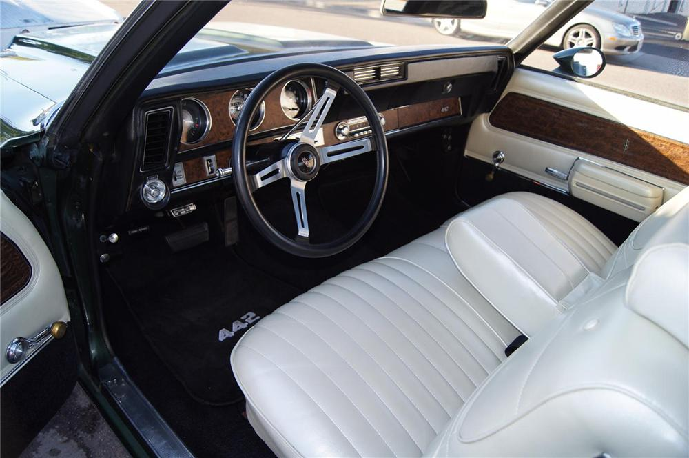 1970 OLDSMOBILE 442 CONVERTIBLE - Interior - 117479