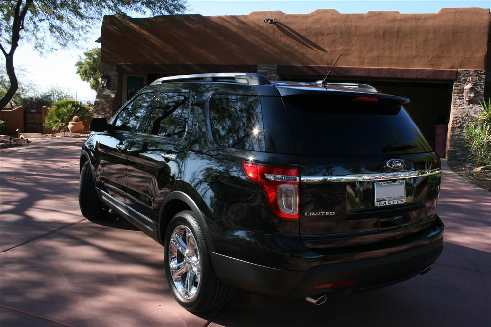 2011 FORD EXPLORER 4 DOOR - Rear 3/4 - 117486