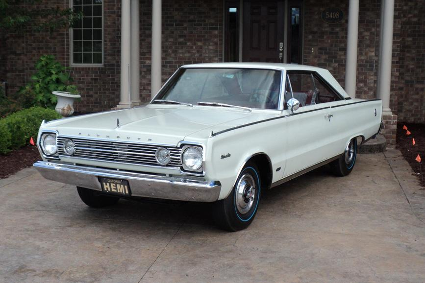 1966 PLYMOUTH HEMI SATELLITE 2 DOOR HARDTOP - Front 3/4 - 117492