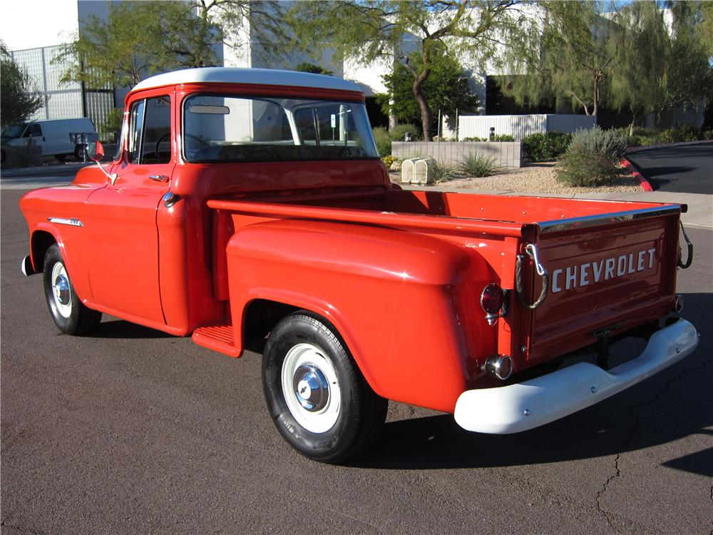 1955 CHEVROLET 3100 PICKUP - Rear 3/4 - 117512