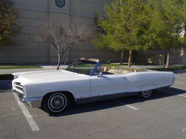 1966 PONTIAC BONNEVILLE CONVERTIBLE - Side Profile - 117515
