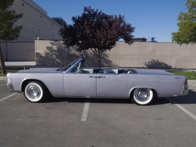 1965 LINCOLN CONTINENTAL CONVERTIBLE - Side Profile - 117521