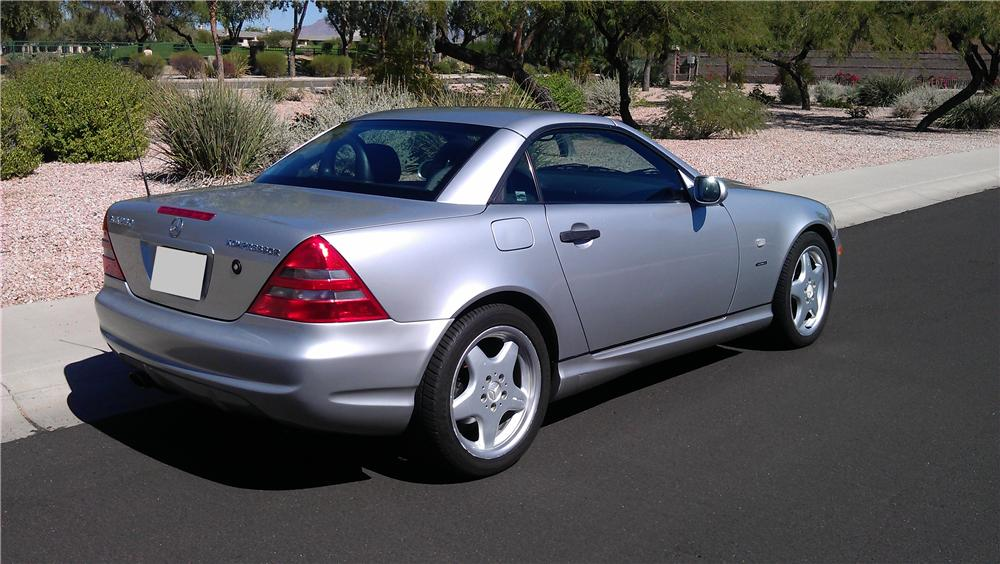 1999 MERCEDES-BENZ SLK230 SPORT CONVERTIBLE - Rear 3/4 - 117524