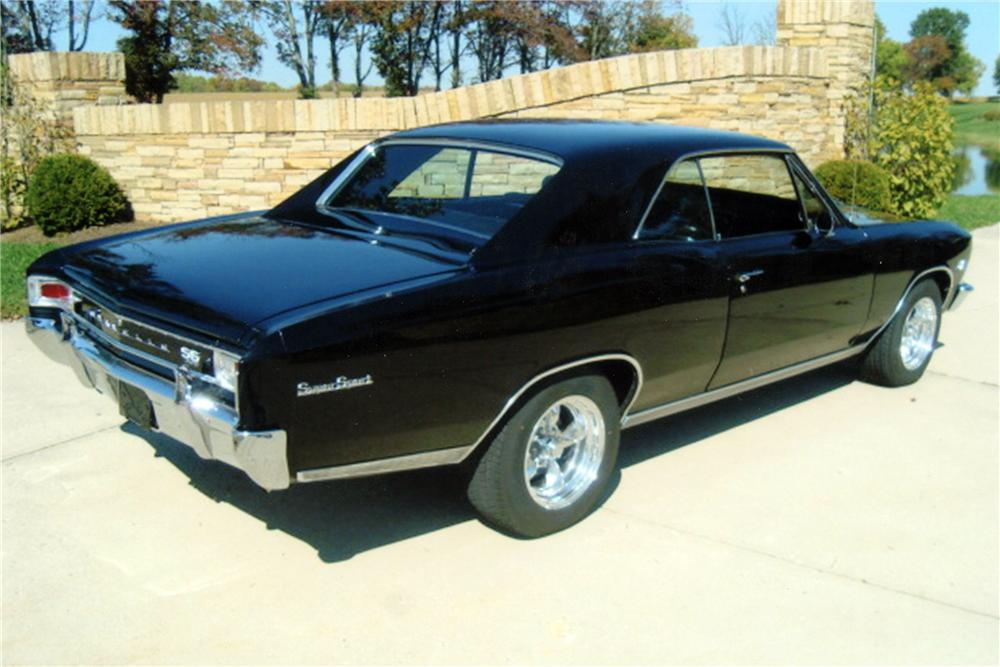 1966 CHEVROLET CHEVELLE SS COUPE - Rear 3/4 - 117627