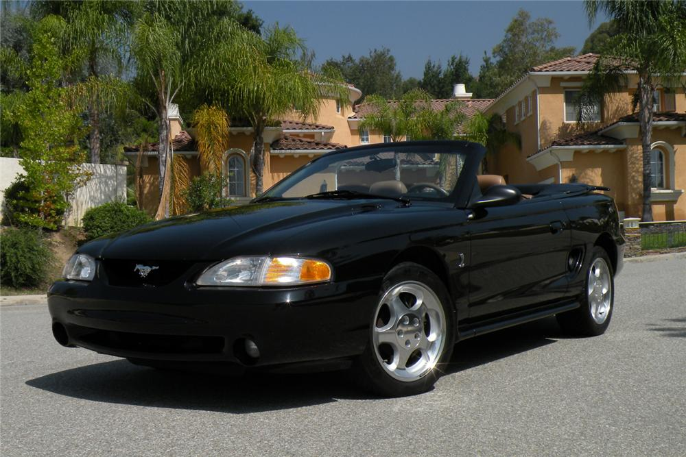 1995 FORD MUSTANG COBRA SVT CONVERTIBLE - Front 3/4 - 117649