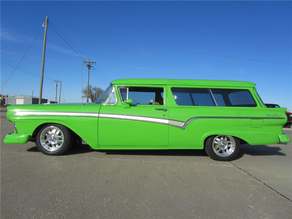 1957 FORD 2 DOOR - Side Profile - 117662