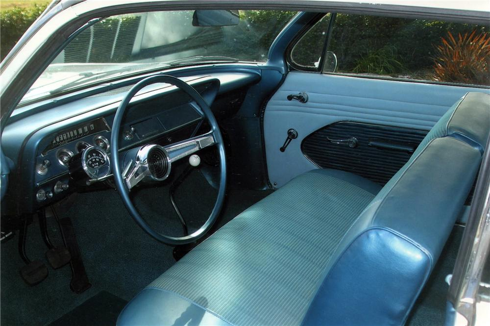 1961 CHEVROLET BEL AIR 2 DOOR COUPE - Interior - 117666