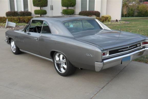 1966 CHEVROLET CHEVELLE MALIBU CUSTOM 2 DOOR HARDTOP - Rear 3/4 - 117674