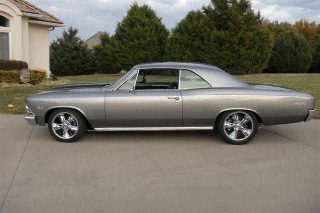 1966 CHEVROLET CHEVELLE MALIBU CUSTOM 2 DOOR HARDTOP - Side Profile - 117674