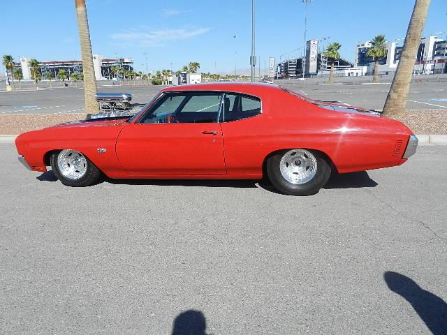 1970 CHEVROLET CHEVELLE CUSTOM 2 DOOR COUPE - Side Profile - 117679