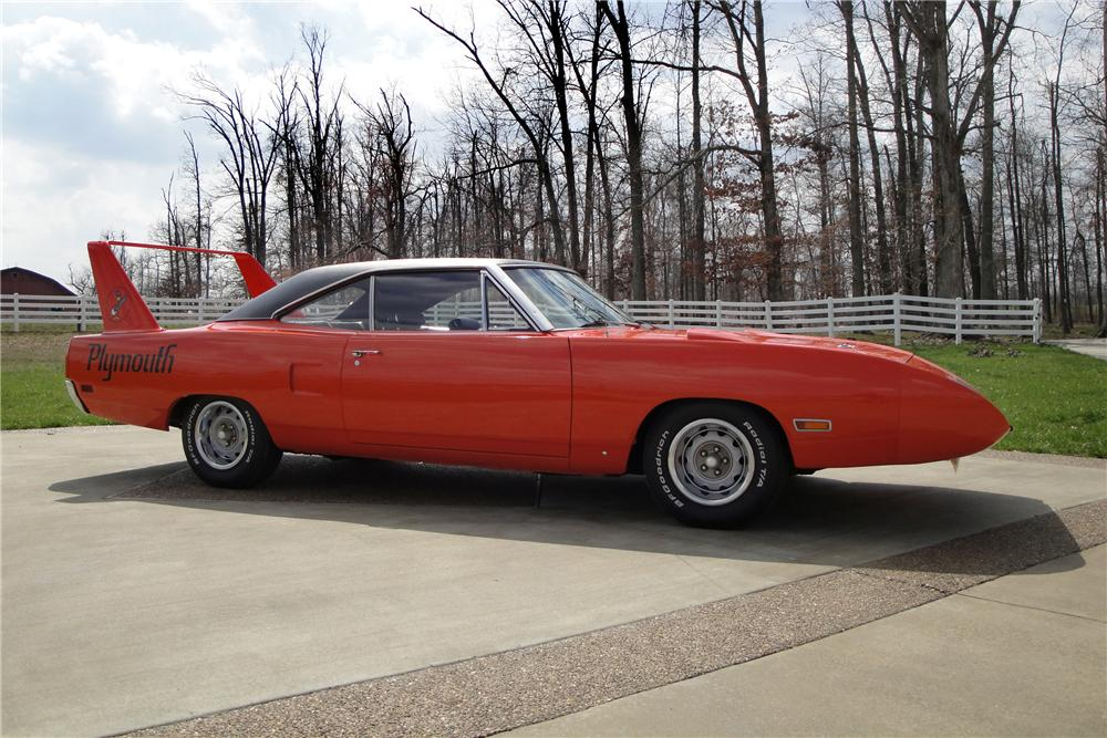 1970 PLYMOUTH SUPERBIRD 2 DOOR HARDTOP - Front 3/4 - 117710