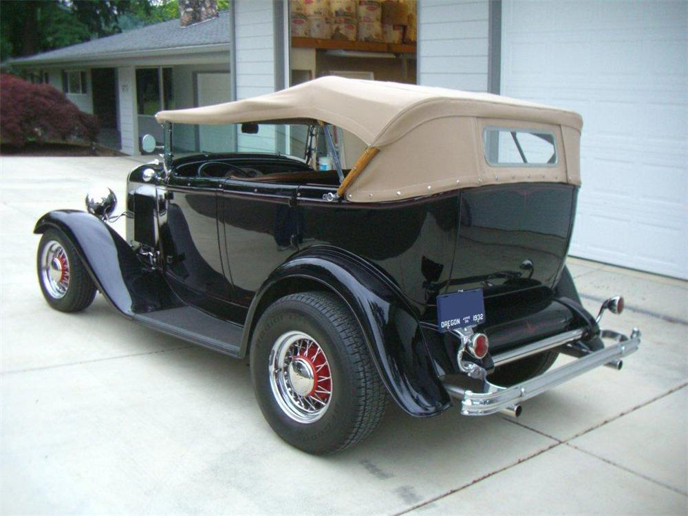 1932 ford custom 4 door phaeton 117751 for 1932 ford four door