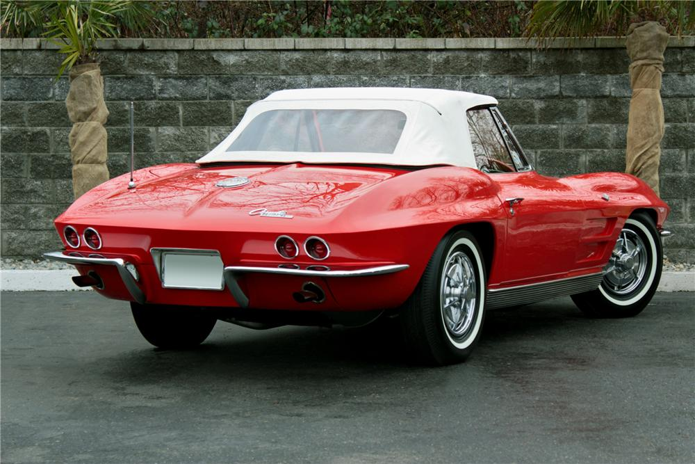 1963 CHEVROLET CORVETTE CONVERTIBLE - Rear 3/4 - 117789