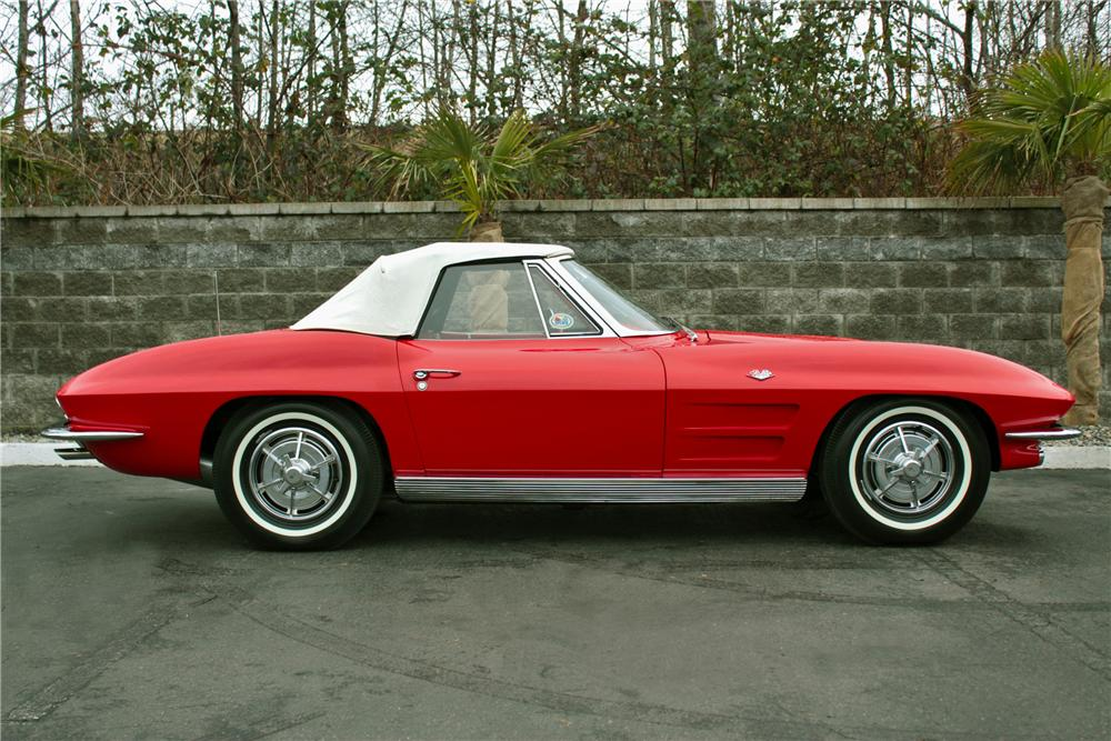 1963 CHEVROLET CORVETTE CONVERTIBLE - Side Profile - 117789