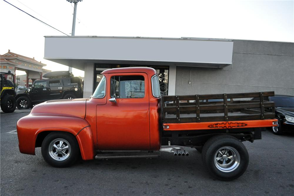 1956 FORD F-100 CUSTOM PICKUP - Front 3/4 - 117800