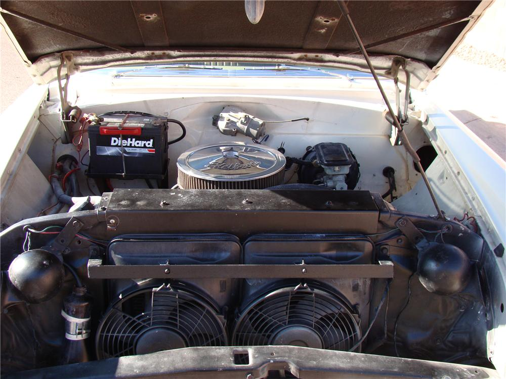 1956 PONTIAC CHIEFTAIN WAGON - Engine - 117822