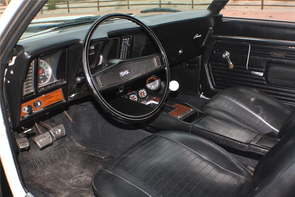 1969 CHEVROLET CAMARO 2 DOOR COUPE - Interior - 117829