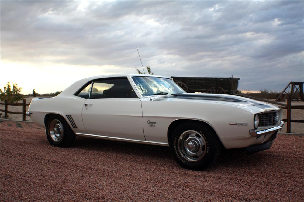 1969 CHEVROLET CAMARO 2 DOOR COUPE - Side Profile - 117829