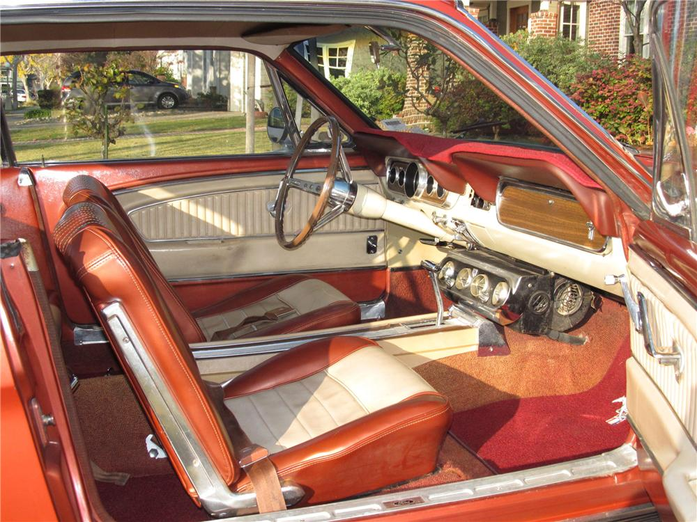 1966 FORD MUSTANG 2 DOOR COUPE - Interior - 117843