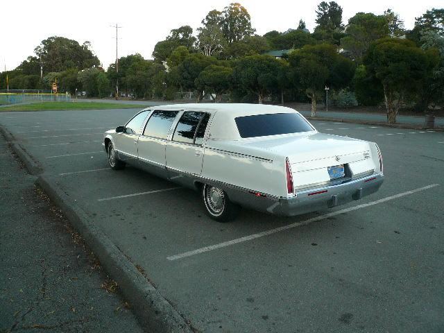 1996 CADILLAC FLEETWOOD LIMO - Rear 3/4 - 117851