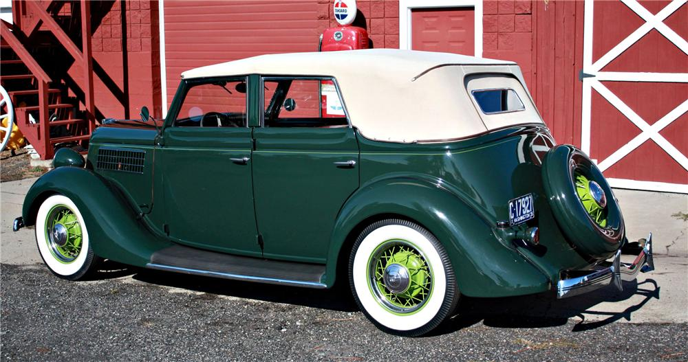 1935 FORD CONVERTIBLE SEDAN - Rear 3/4 - 118016