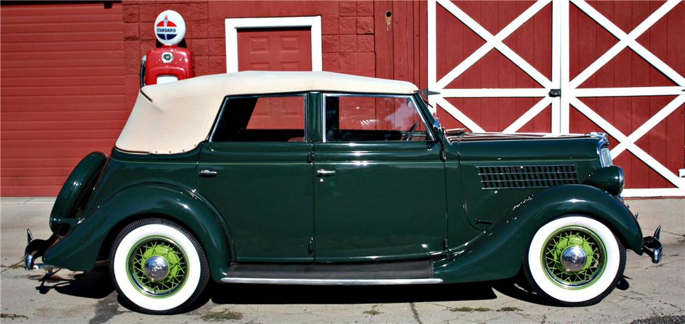 1935 FORD CONVERTIBLE SEDAN - Side Profile - 118016